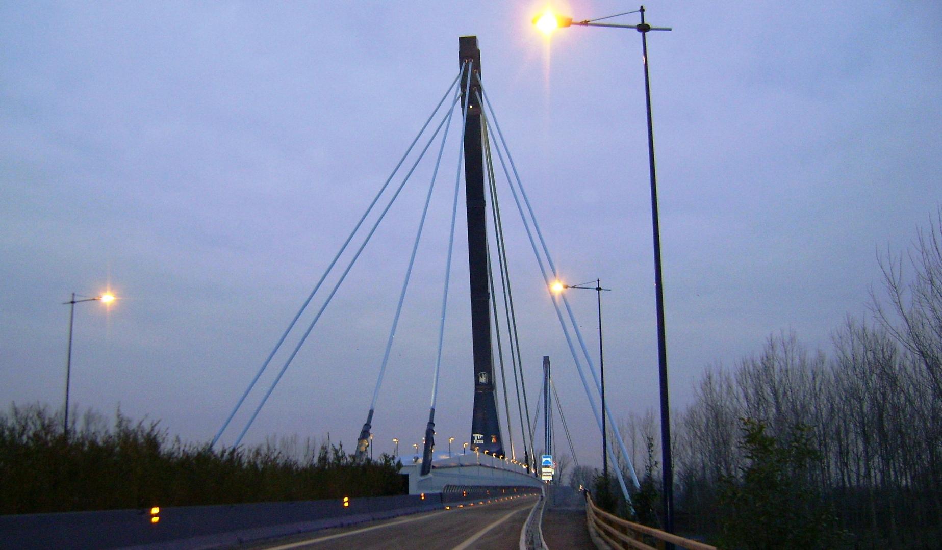 Ponte di Montodine sul fiume Adda